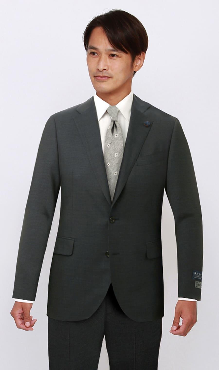 HILTONプレミアムスタイリッシュスーツ【戸賀 敬城氏プロデュースモデル】【GUABELLO生地使用】