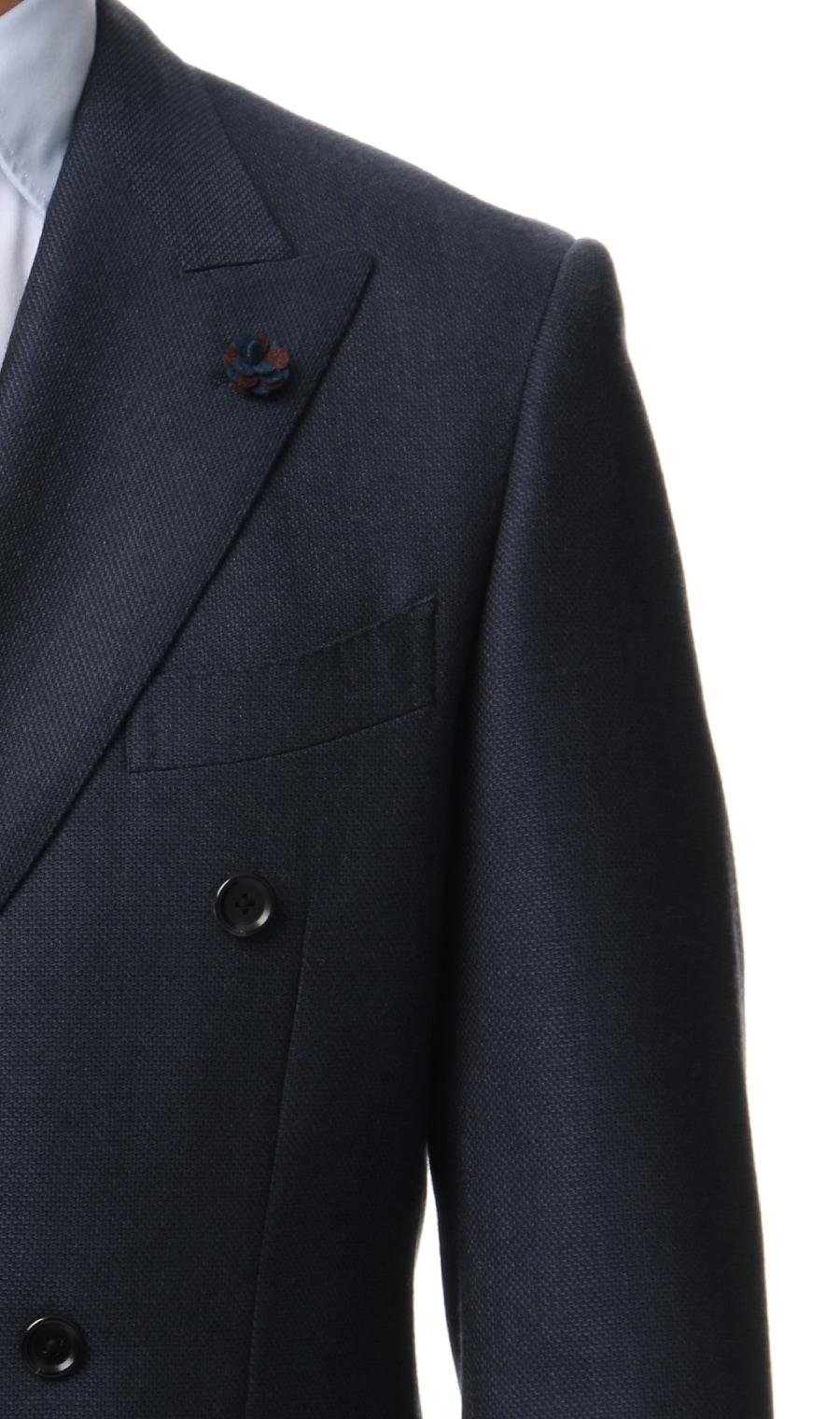HILTONプレミアムスタイリッシュダブルスーツ【戸賀 敬城氏】